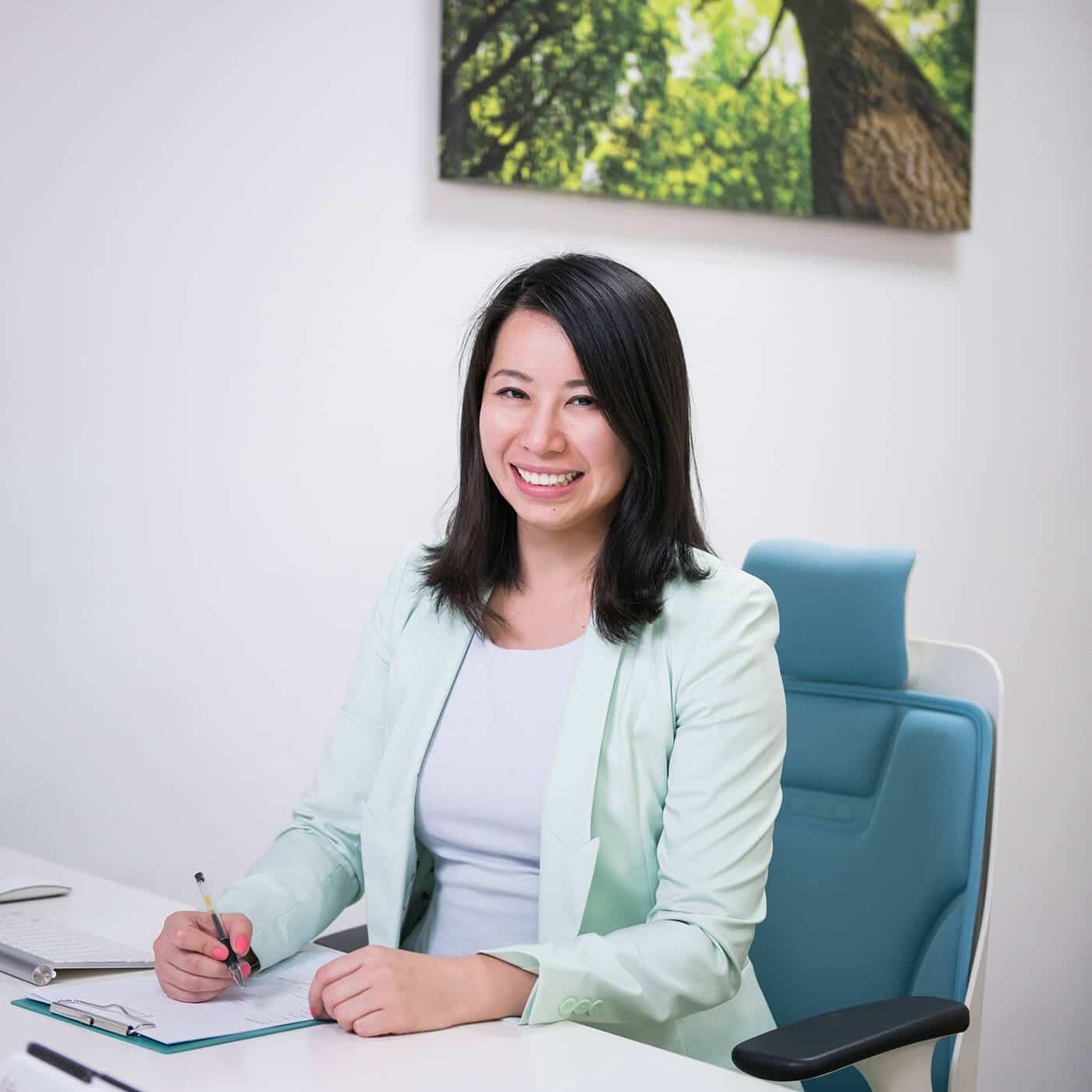 Dr Jenny Li: Chiropractor Singapore